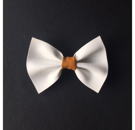 By KD Bowties Wit nepleer