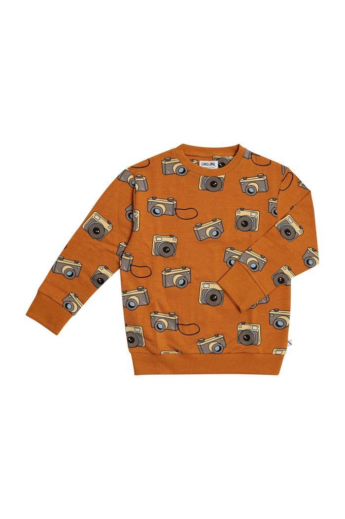 CarlijnQ Sweater Photo Camera_1