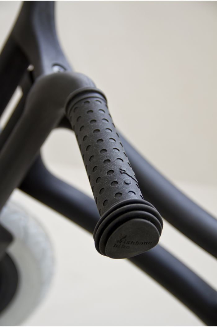 Wishbone Grips Black
